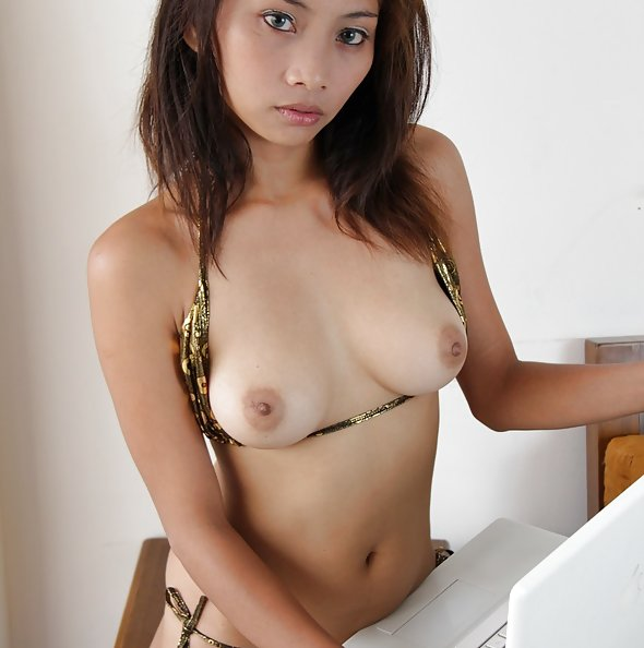 Filipina webcam girl maybel burns her way out of a bikini